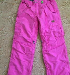 Женские сноубордические штаны Romp.