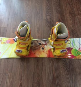 Комплект : Сноуборд(110)+Ботинки(33) для девочки