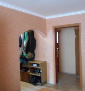 Квартира, 5 и более комнат, 82 м²