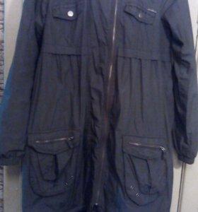 Демисезонная женская куртка (М)