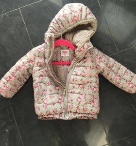 Куртка очень тёплая , на малышей от года , новая