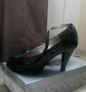 Туфли кожаные с открытым носиком р.38 peter kaiser
