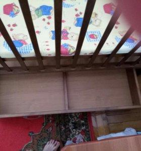Кровать—манеж детская+маятник