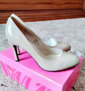 Туфли женские Kapricci