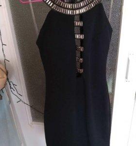 Новое элегантное платье 44р