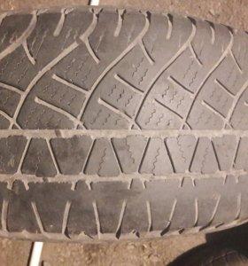 Michelin 235/60/16