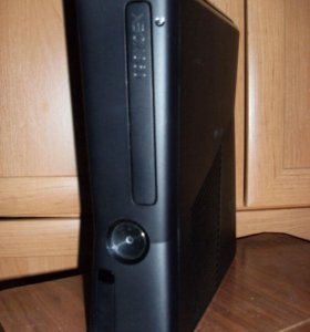 Xbox 360 Slim 8gb фрибут