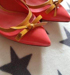 Балетки от Dior