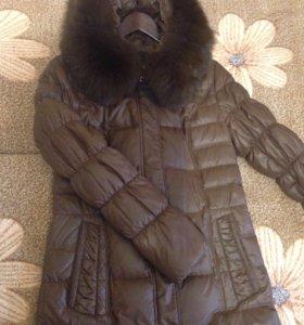 Пуховик женский ( куртка) в хорошем состоянии р.44