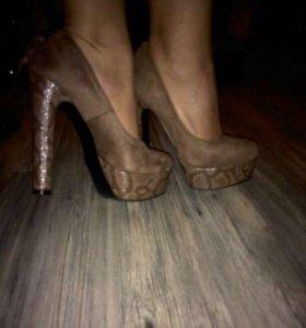 Новые туфли 35размер