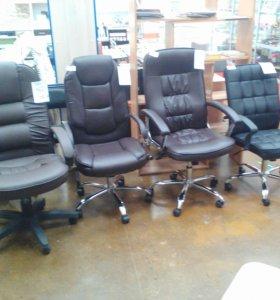 Компьютерные кресла с механизмом качания