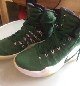 Кроссовки баскетбольные Nike Hyperdunk 38.5