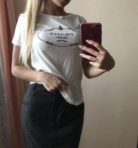 Prada футболка новая
