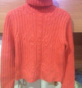 Продам зимний свитер