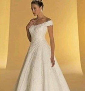 Шикарное, нежное свадебное платье.