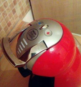 Капсульная кофе машина. Nescafe dolce gusto