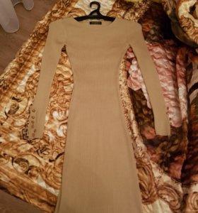 Тёмно-бежевое платье