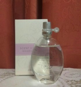 Scent Essence blooming lotus AVON