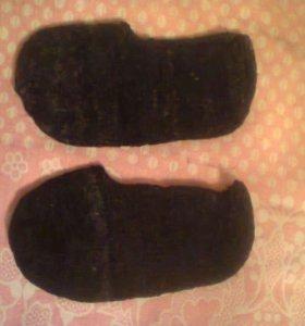 Вязаные носочки-лапти