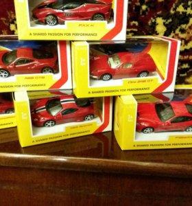 Коллекция машинок Ferrari