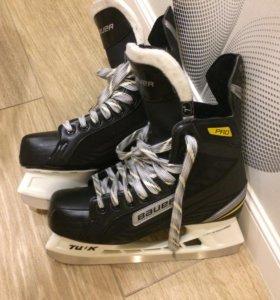 Хоккейные коньки Bauer Supreme Pro