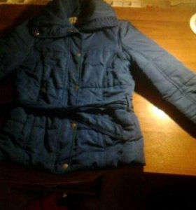 1)Куртка синяя ,2)пальто красное,3)спин ,4) брошь.