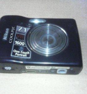 Фотоаппарат Nikon Coolpix + новые аккумуляторы