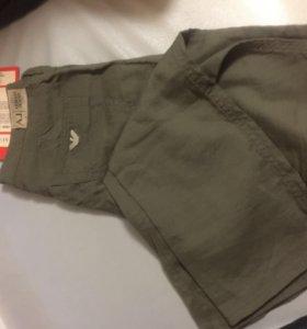 Продам НОВЫЕ брюки Armani Jeans.Оригинал.27 размер