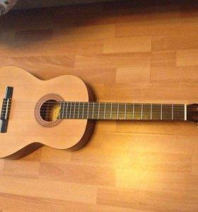 Гитара новая Hohner для музыкалки