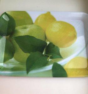 Поднос лимоны