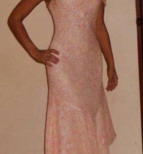 Нежнейшее персиковое платье из чистого шелка