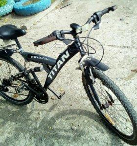 Продам срочно. Велосипед горный.