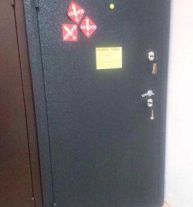 НОВАЯ!!!!Дверь входная с двумя терморазрывами