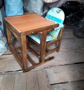 Детский стульчик + столик