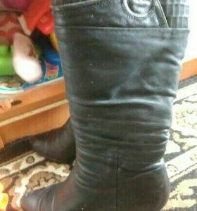 Сапоги женские.зимние.кожаные. 38 размер.