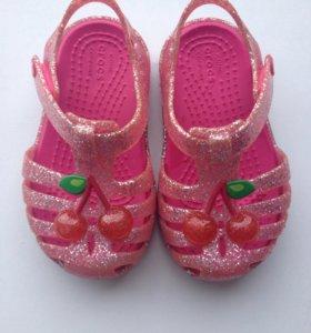 Сандалики Crocs