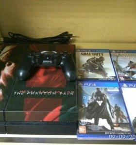 Playstation 4 (1TB) + 4 диска