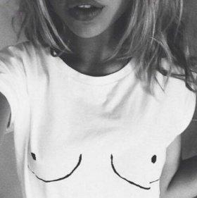 Новая футболка белая
