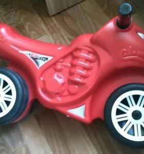 Мотоцикл- каталка