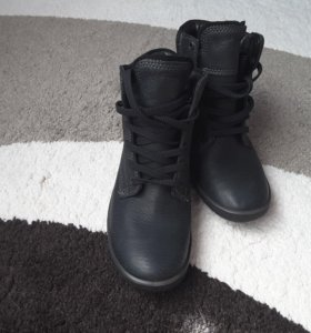 Ботинки Ecco новые, демисезон