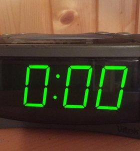 Часы-радио Vitek VT-3500