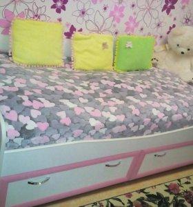 Продам кровать(1.90 на 1.80)