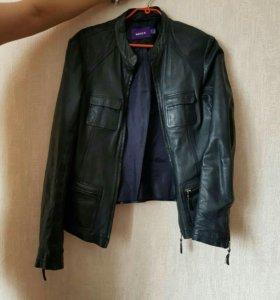 Кожаная куртка MEXX 46