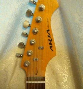 Продам гитару + комбик