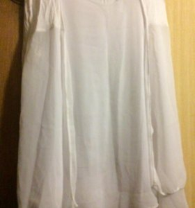 Блузка в комплекте . Италия. Новая