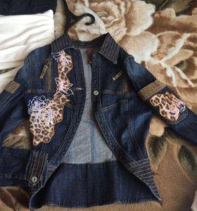 Джинсовая куртка и платье