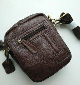 Новая мужская сумочка из кожи