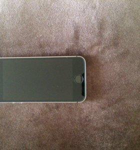 iPhone SE 64 GB чёрный