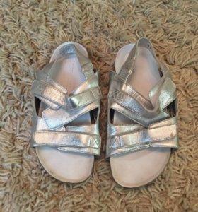 Обувь 3 пары для девочки