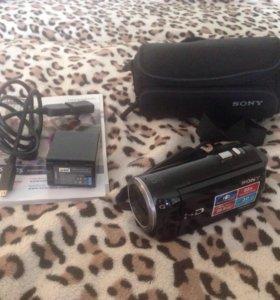 Видеокамера SONY CX320-E